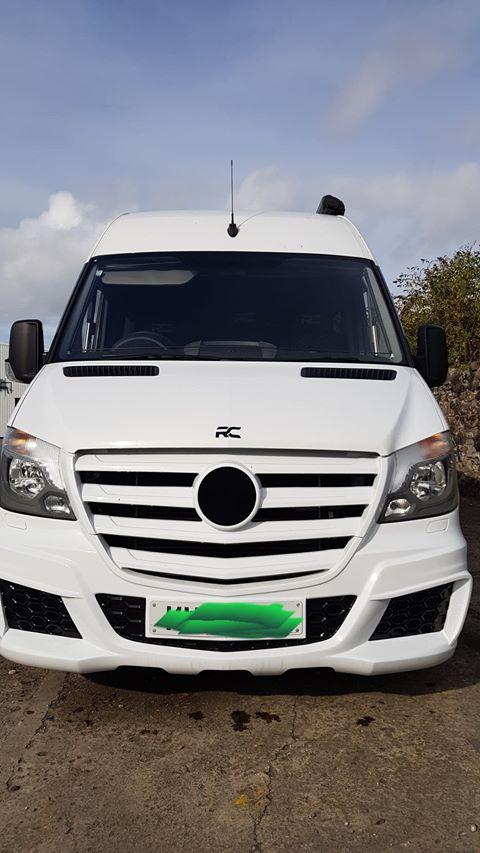 Mercedes MWB Sprinter Racevan
